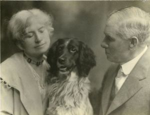 "Annie and Frank Butler with Dave, the ""Red Cross Dog"" of World War I."