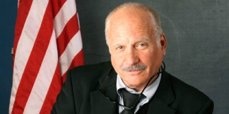 richard-dreyfuss-flag